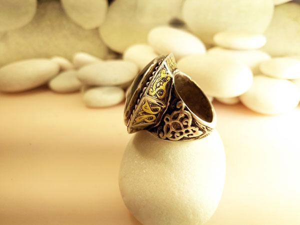 Antiguo anillo etnico artesanal.. Foto 4