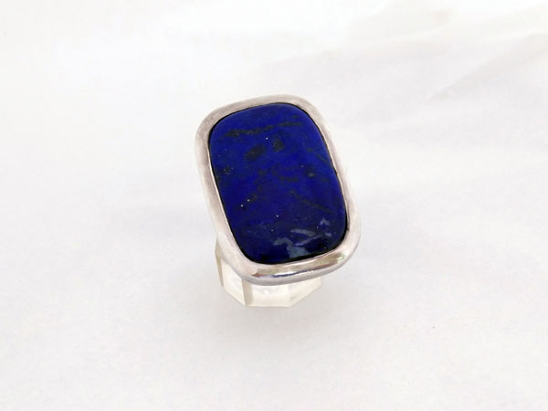 Ethnic Sterling silver and Lapis lazuli ring.. Foto 1