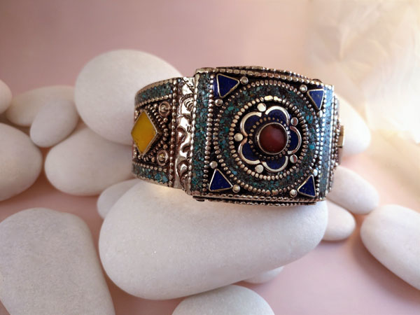 Tibetan ethnic bracelet.. Foto 1