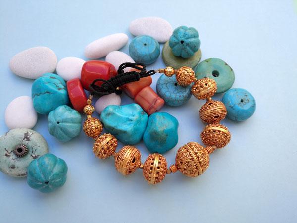 Traditional tibetan bracelet.. Foto 1