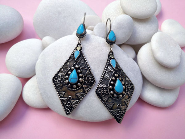 Turquoises ethnic earrings.. Foto 1
