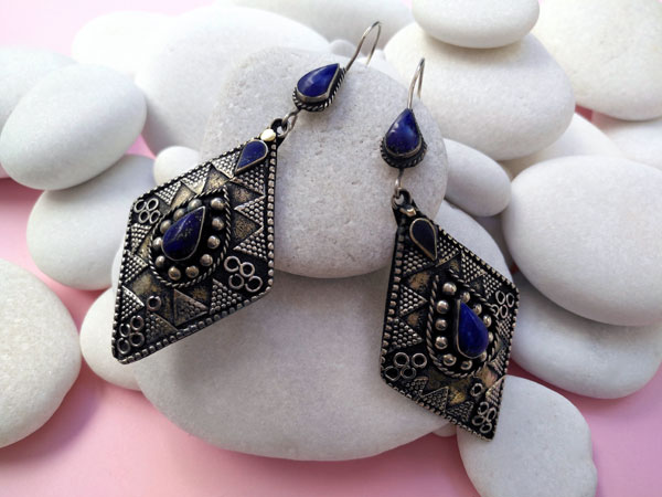 Lapis lazuli old ethnic earrings.. Foto 1