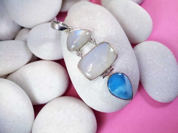 Larimar and Moonstone Sterling silver pendant.. Foto 2