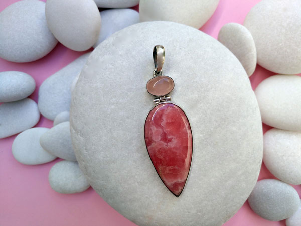 Handmade silver pendant with pink Quartz and Rhodochrosite.. Ref. TLX