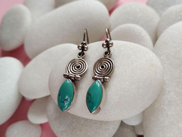 Tibetan ethnic earrings.. Foto 2