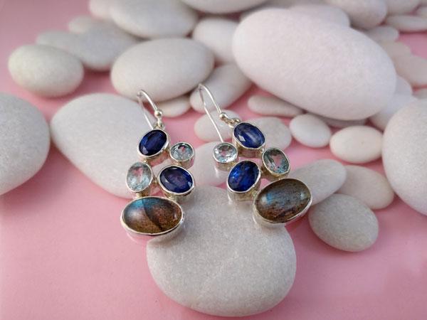 Pendientes de plata y gemas de Zafiros, Aguamarinas y Labradorita.. Foto 3