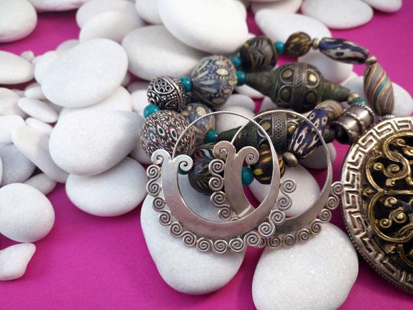 Pendientes artesanales de plata.. Foto 2