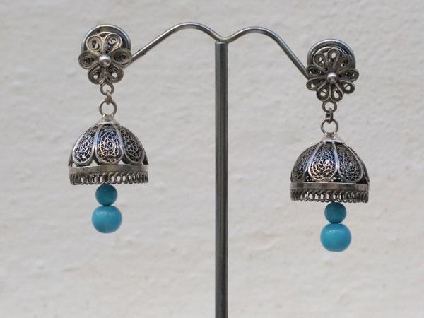Pendientes artesanales de plata y turquesa.. Foto 1