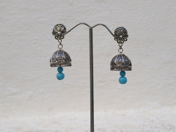 Sterling silver ethnic earrings.. Foto 2