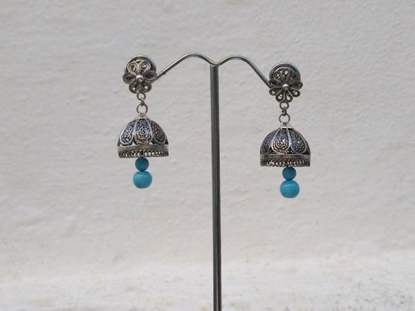 Pendientes artesanales de plata y turquesa.. Foto 2