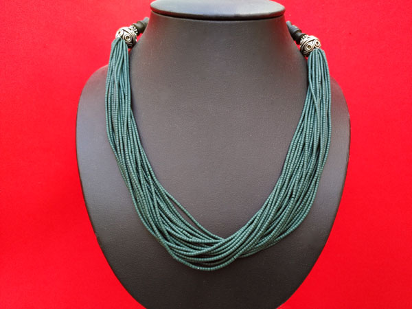 Collar etnico de aventurina verde.. Ref. TPC