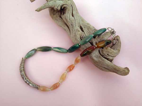 Ethnic Sterling silver necklace.. Foto 1
