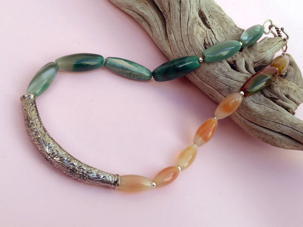 Ethnic Sterling silver necklace.. Foto 2