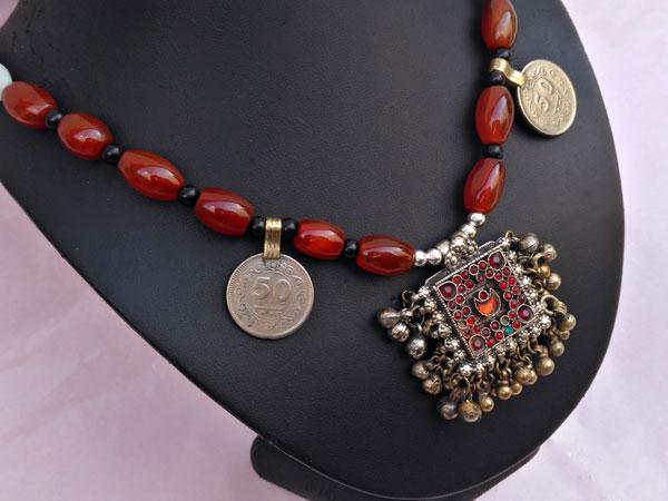 Collar etnico de plata y agata cornalina.. Foto 2