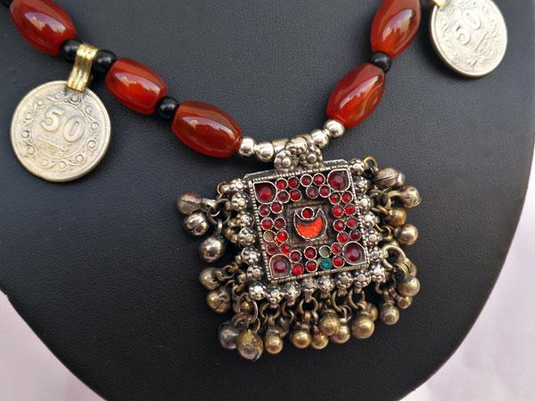 Collar etnico de plata y agata cornalina.. Foto 3
