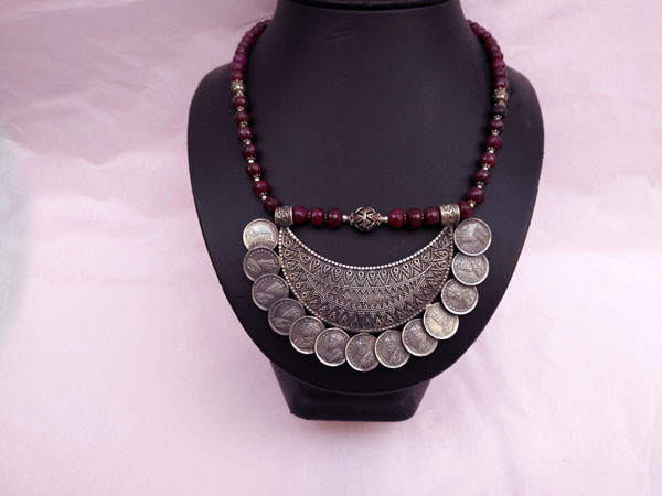 "Ethnic Sterling silver and purple ruby ""balaj"" necklace.. Ref. TPW"