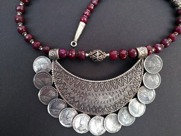 "Ethnic Sterling silver and purple ruby ""balaj"" necklace.. Foto 4"
