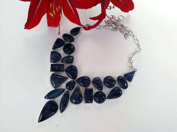Collar de gemas de Labradorita.. Foto 1