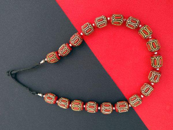 Collar tradicional tibetano de coral.. Foto 5