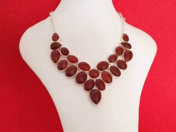 Collar artesanal de gemas de Agata Cornalina.. Ref. TRO