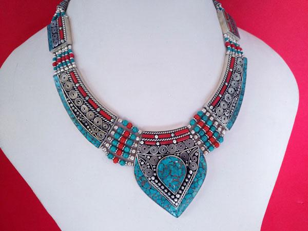 Collar etnico artesanal tibetano.. Foto 2