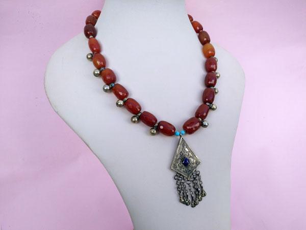 Collar etnico turcomano. Ref. TRW