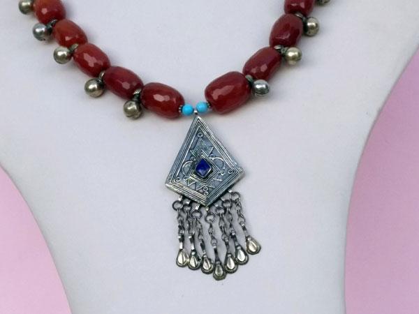 Collar etnico turcomano. Foto 3