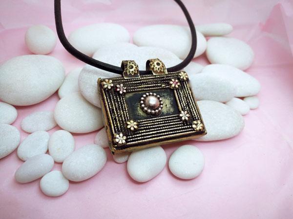 "Ancient ""tawis"" ethnic pendant.. Foto 2"