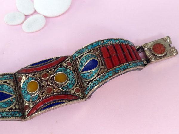 Pulsera etnica artesanal tibetana.. Foto 2