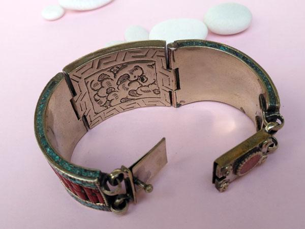 Tibetan handmade ethnic bracelet.. Foto 4