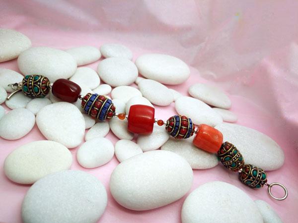 Tibetan handmade ethnic bracelet.. Foto 1