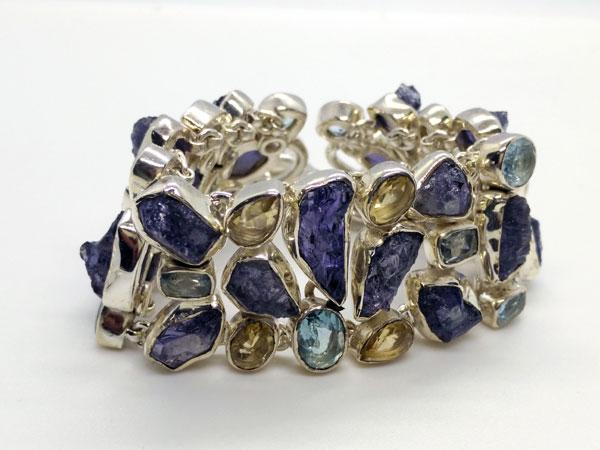 Pulsera de plata con gemas de Tanzanita y Topacios.. Ref. TXW