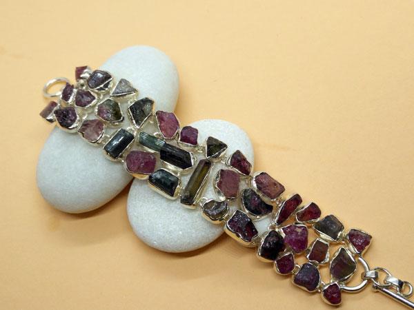 Pulsera artesanal de plata y y gemas de Turmalina.. Ref. TXX