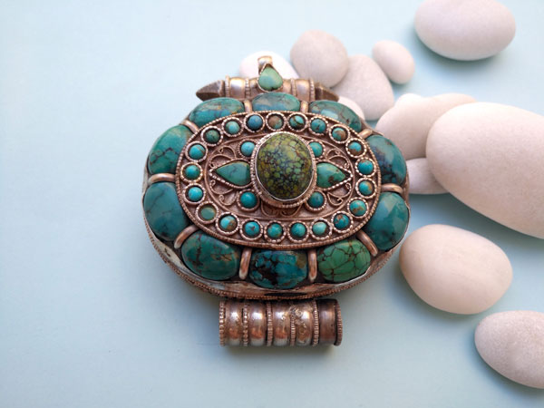 """Ga,u"" Silver and Turquoises Ethnic traditional antique pendant from Tibet.. Ref. TYG"