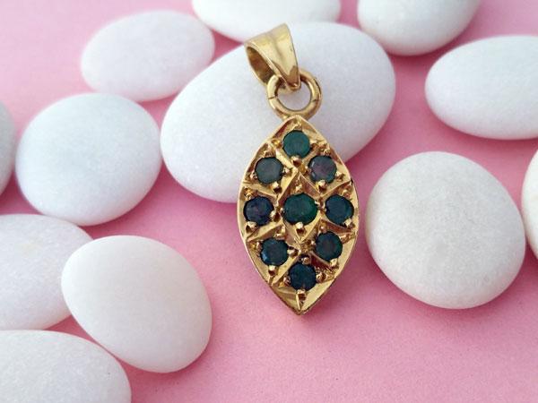 Colgante etnico de plata y gemas de Esmeraldas.. Foto 3